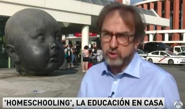 En Antena 3 Noticias, tratamiento legal del homeschooling